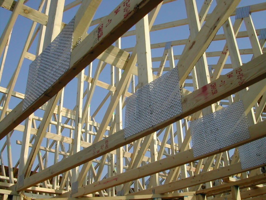 Roof truss failure making sure your new home is built for Building your own roof trusses