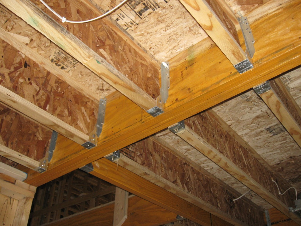 I Joists Tied Into Beam