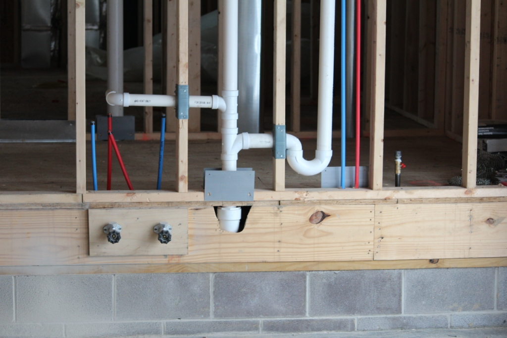 Plumbing rough in for your new home builder tips for for Plumbing a new house